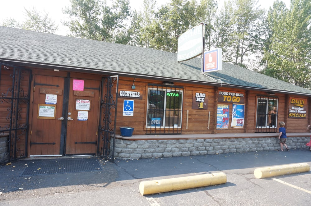 Pastime Saloon & Restaurant: 25 Heimrich St, Dufur, OR
