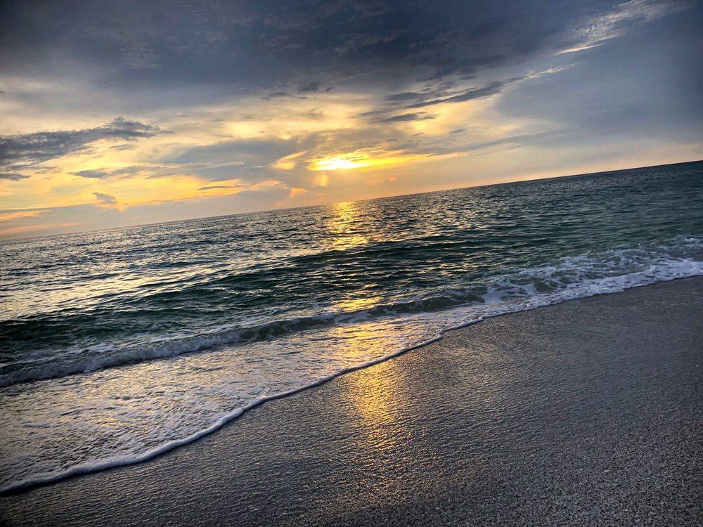 Sandpiper Inn: 5451 Gulf Of Mexico Dr, Longboat Key, FL