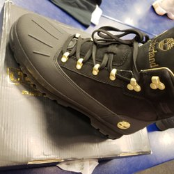 65387959ff4968 Champs Sports - 24 Reviews - Sporting Goods - 105 Puente Hills Mall ...