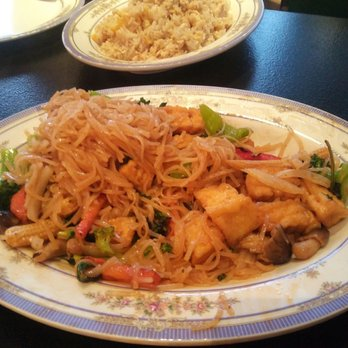 Thai Food Tucson Grant And Campbell