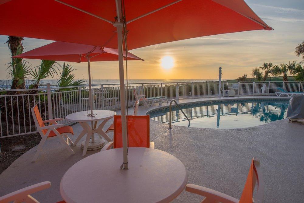 Coconut Palms Beach Resort II - Slideshow Image 3