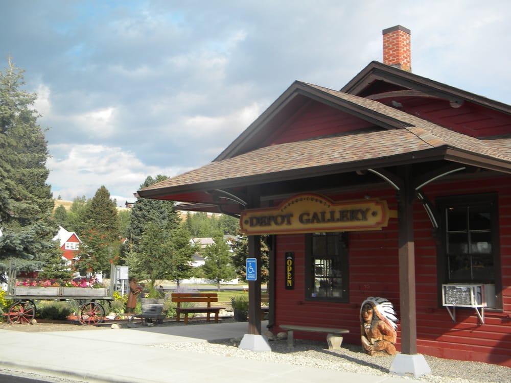 Carbon County Arts Guild Depot Gallery 15 Billeder