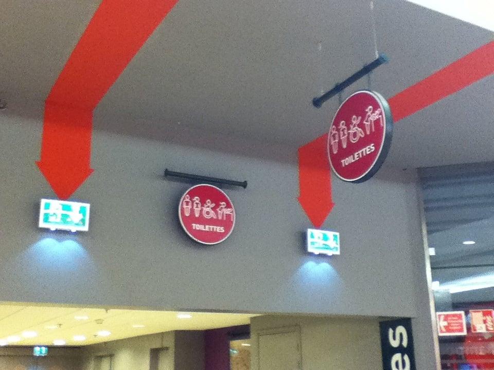 Toilettes d auchan faches services publics et - Centre commercial auchan faches thumesnil magasins ...