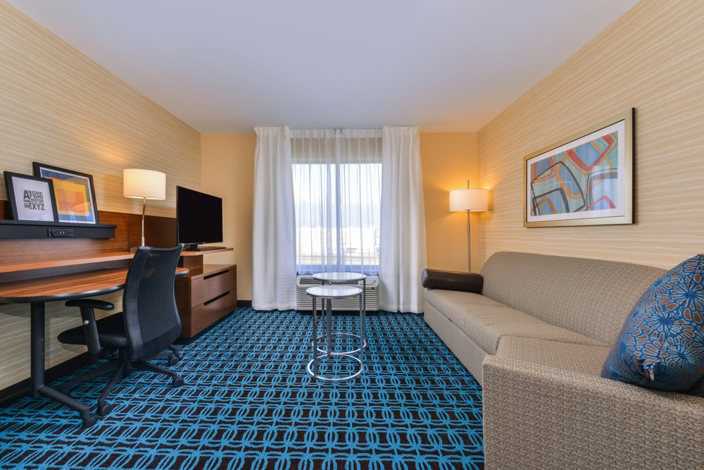 Fairfield Inn & Suites by Marriott Coralville: 650 Coral Ridge Ave, Coralville, IA