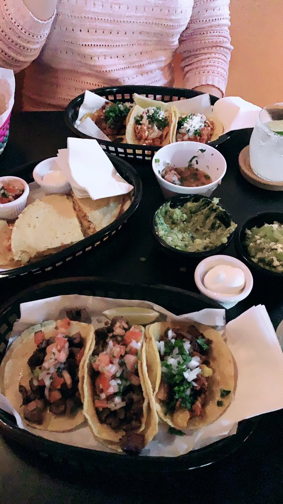 Casa Pequena Taqueria: 430 5th St, Lake Oswego, OR