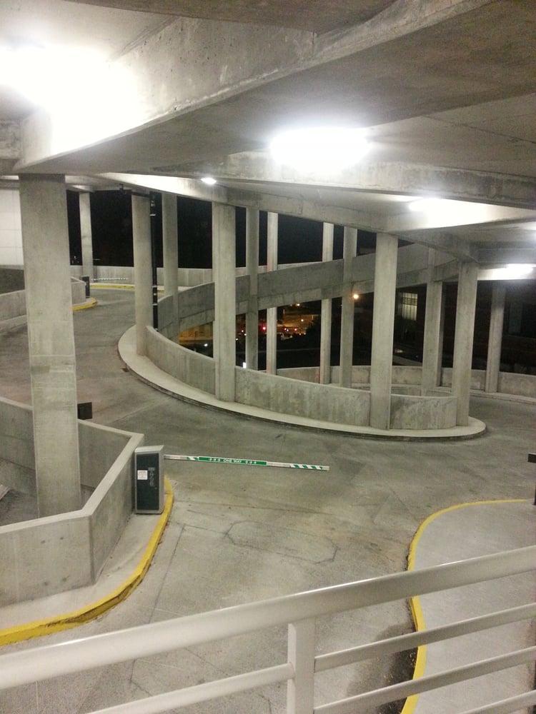Center City Green Parking Deck: 350 E 6th St, Charlotte, NC