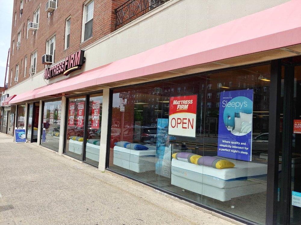 Mattress Firm Forest Hills: 11445 Queens Blvd, Forest Hills, NY
