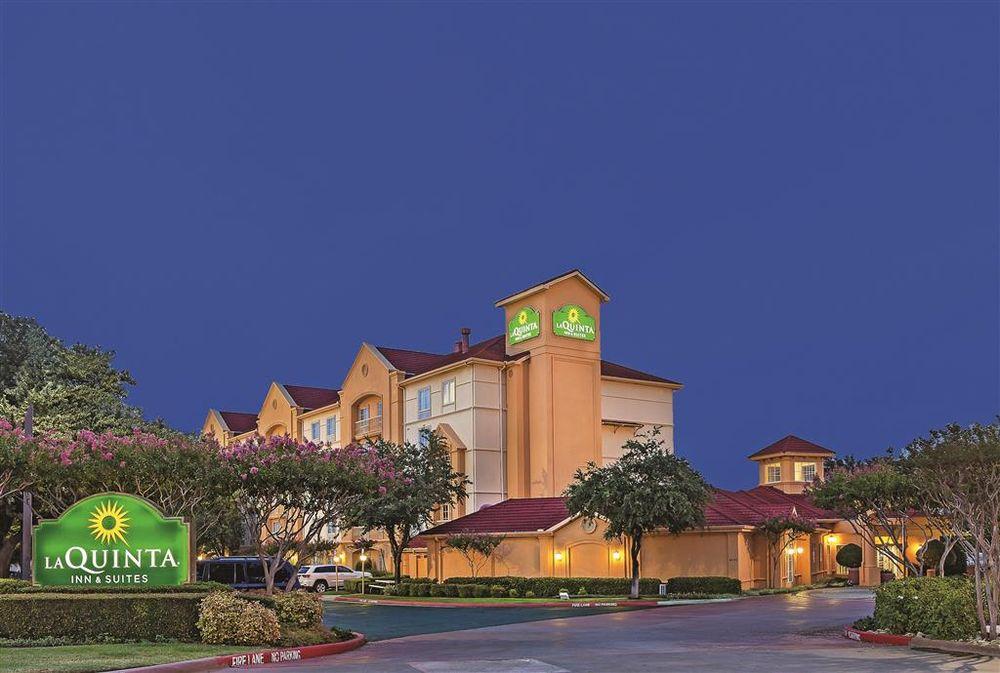 La Quinta Inn & Suites Dallas Arlington South: 4001 Scots Legacy Dr, Arlington, TX