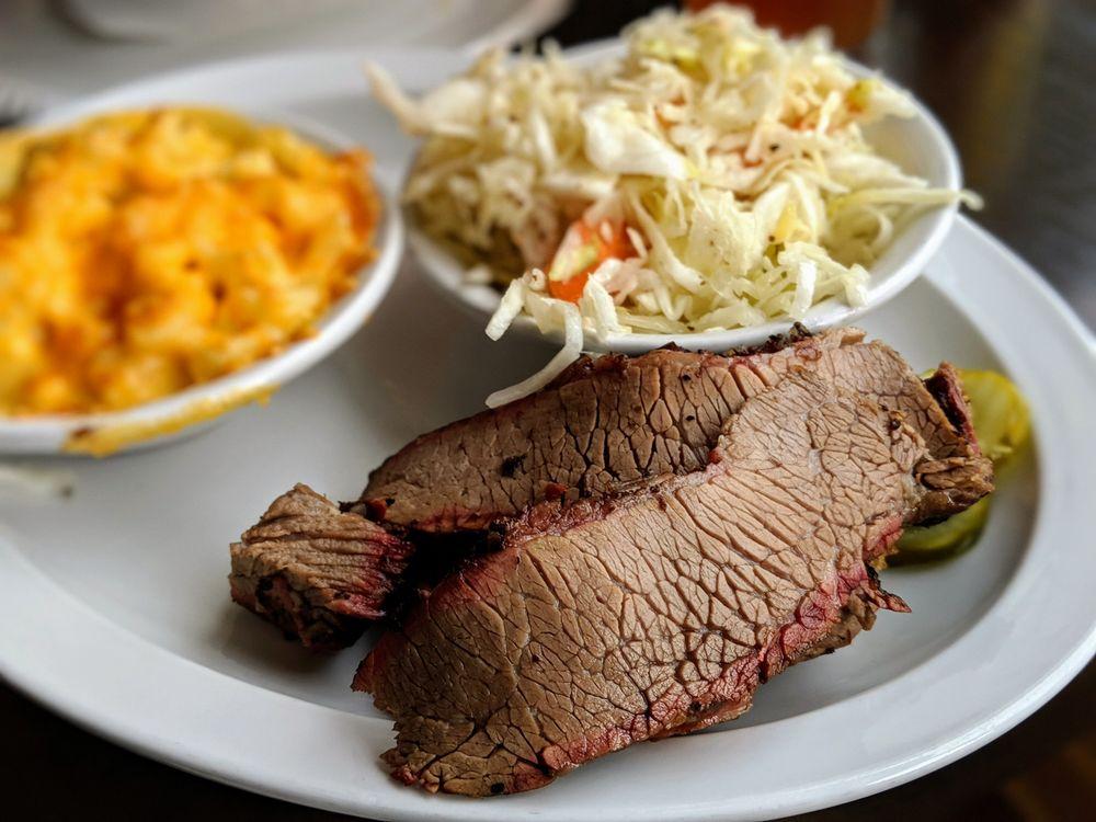 Tin Kitchen: 509 Main St, Weston, MO