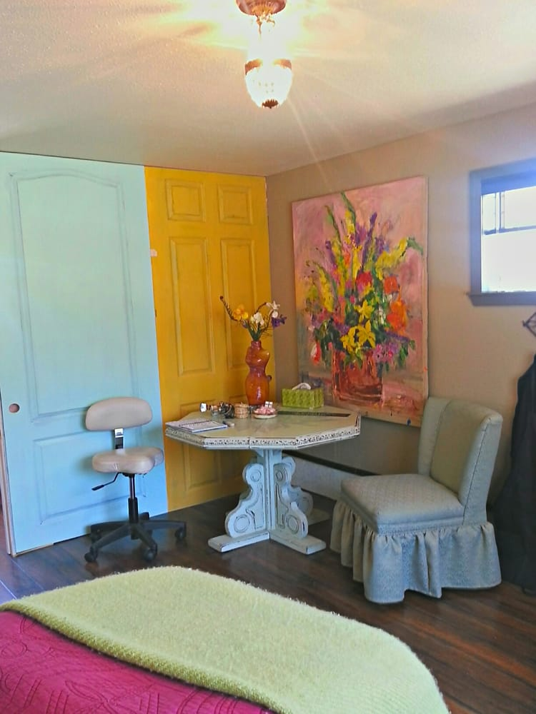 The Waxing Studio: 110 S Washington St, Prescott, AZ