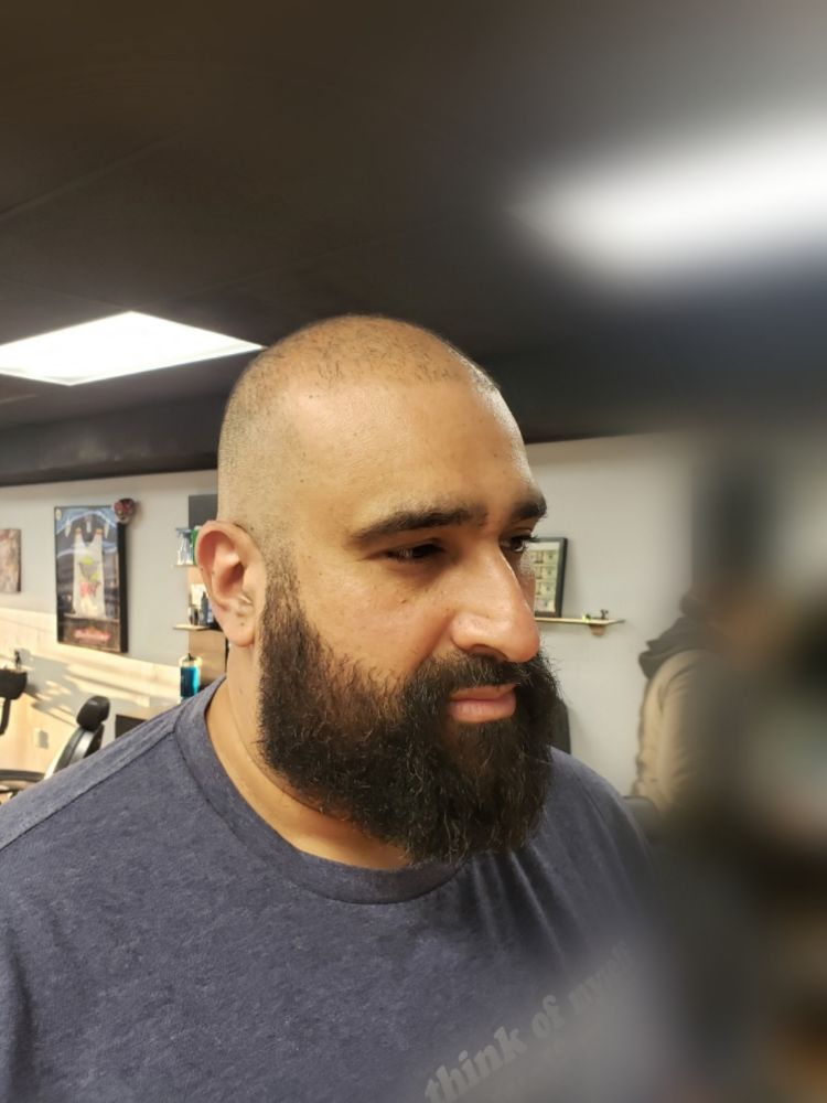 Laiden's Barbershop: 125 Highland Ave, Cheshire, CT