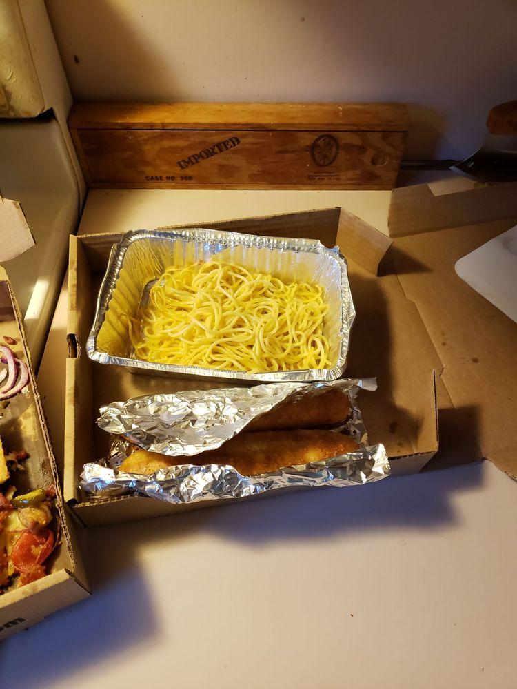 Good Fella'z Pizzeria: 245 N Columbus St, Sunbury, OH