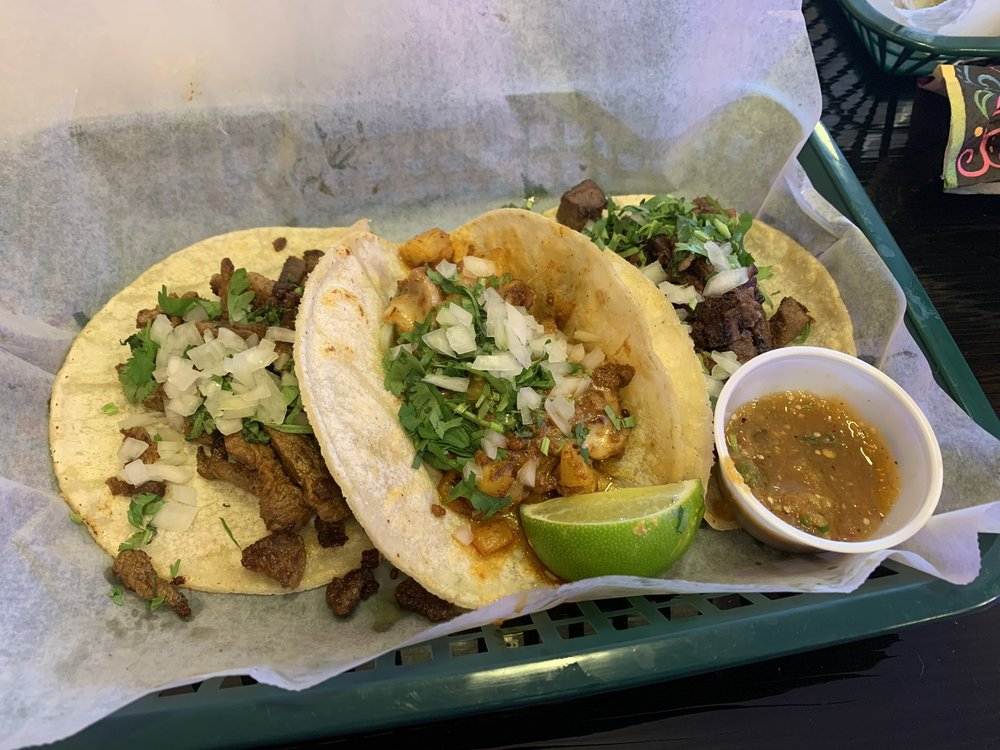 Day Of The Dead Mexican Taqueria: 469 Charles Bancroft Hwy, Litchfield, NH