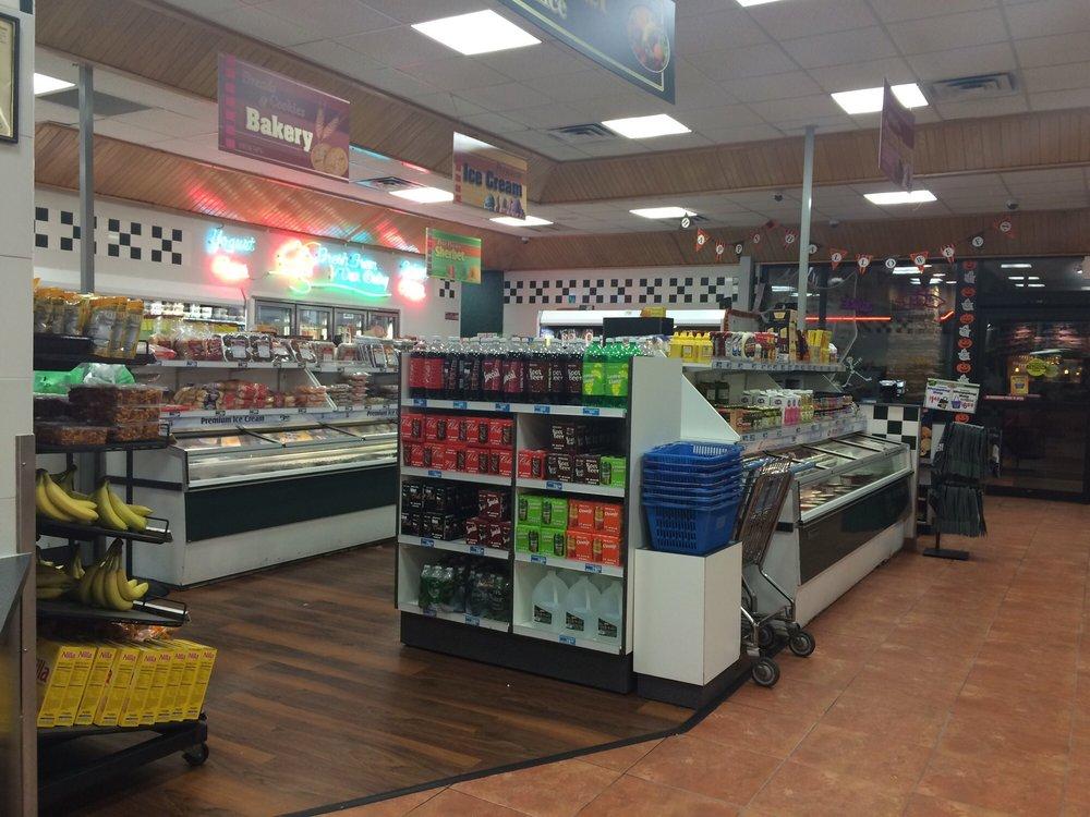Braum's Ice Cream & Dairy Store: 2811 N Main St, Hutchinson, KS