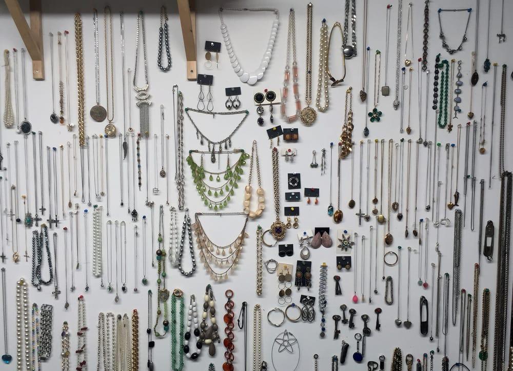 Ipswich Watch, Clock & Jewelry Repair