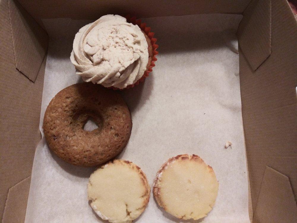 Sugarless Sweets: 1136 E Ave, Cedartown, GA
