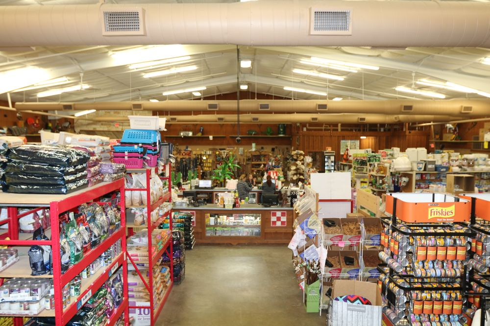 Russell Feed & Supply: 1312 NW Parkway St, Azle, TX