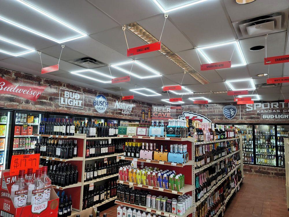 Lackman Wine & Spirits: 9530 Lackman Rd, Lenexa, KS