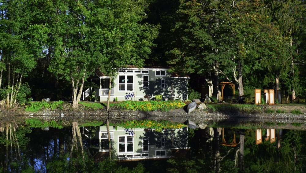 This Tiny Cabin In The Redwoods Is The Perfect Getaway For: This Exceptional Tiny House, Located On A Tranquil Pond In