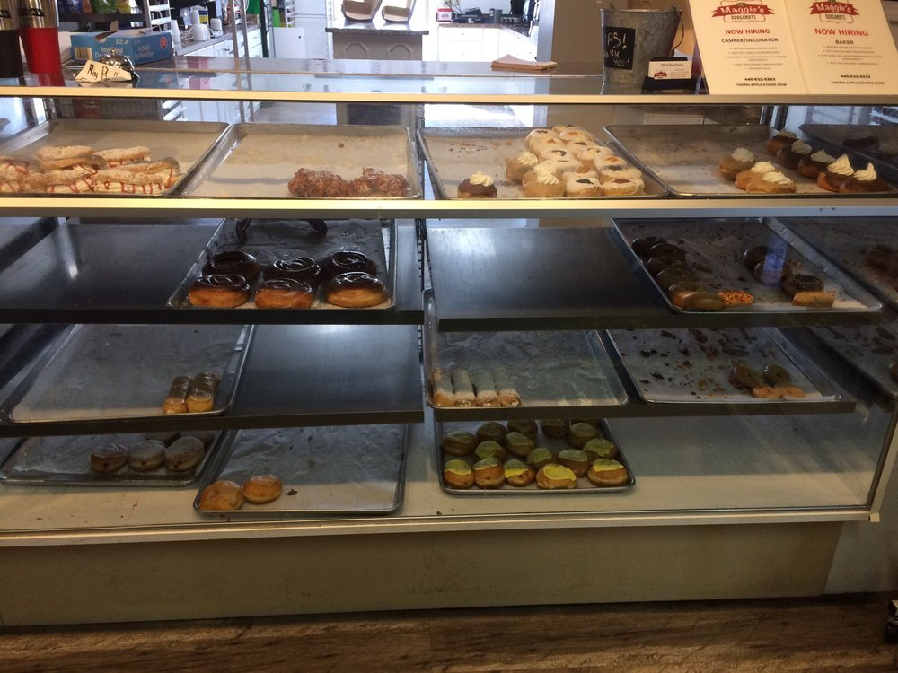 Maggies Donuts: 15963 E High St, Middlefield, OH