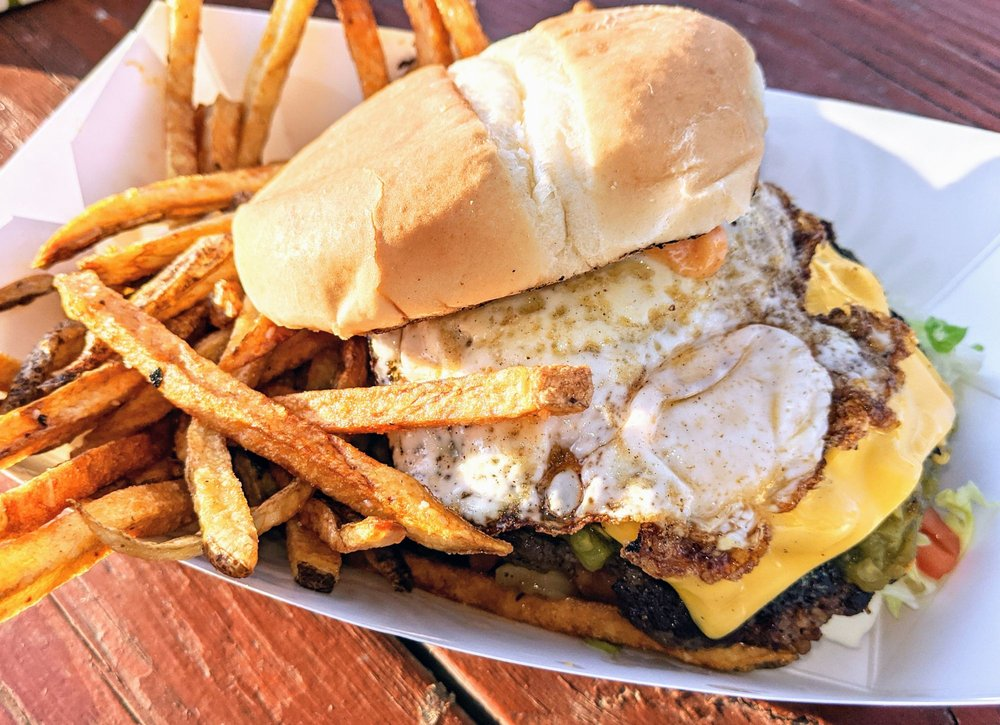 Chef Toddzilla's Gourmet Burgers & Mobile Cuisine: 107 Twin Diamond, Roswell, NM