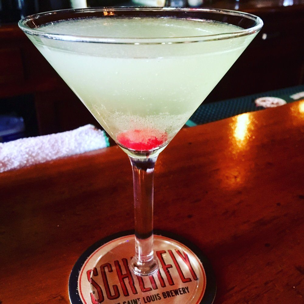 The Famous Bar: 5213 Chippewa St, Saint Louis, MO