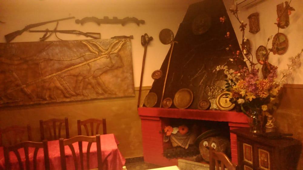 Casa Mora: Carrer la Corunya, 42, San Vicente dels Horts, B