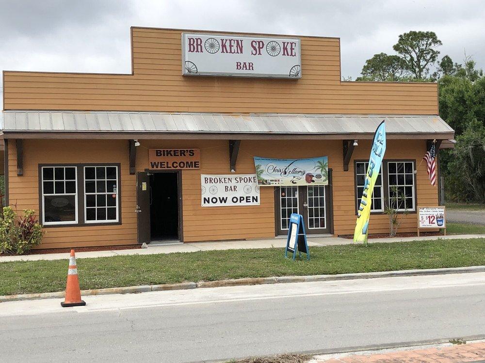 Broken Spoke Bar & Grill: 130 N Broadway St, Fellsmere, FL