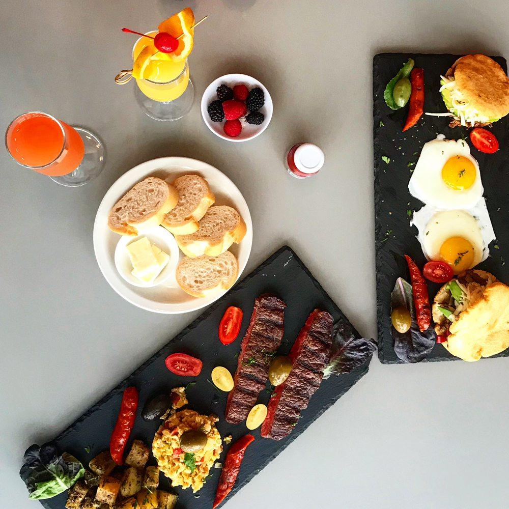 Photo of Renzo's Steakhouse: Tampa, FL
