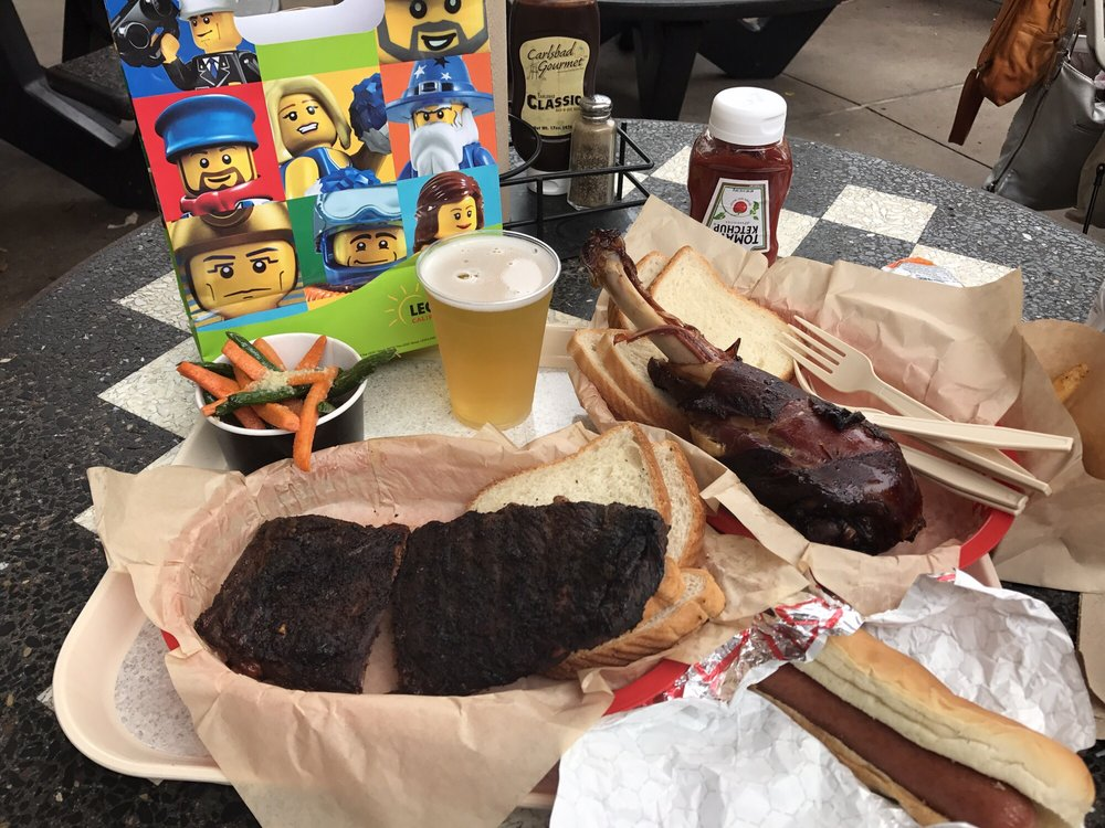 Knights Table Barbecue