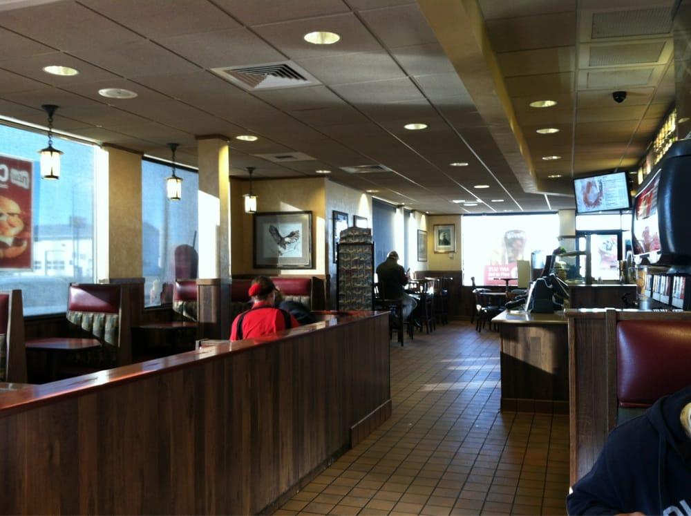McDonald's: 1225 N Crawford, Hardin, MT