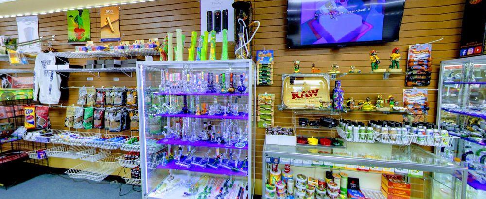 A Town Smoke Shop: 4432 E New York St, Aurora, IL