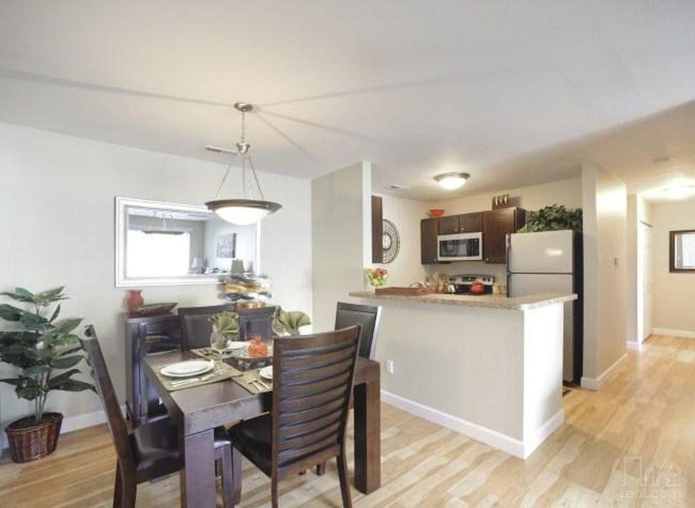Greenway Chase Apartments: 629 Greenway Manor Dr, Florissant, MO
