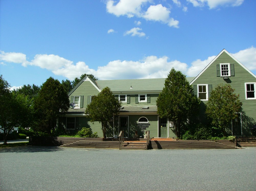 Marlborough Veterinary Clinic: 115 Main St, Marlborough, NH