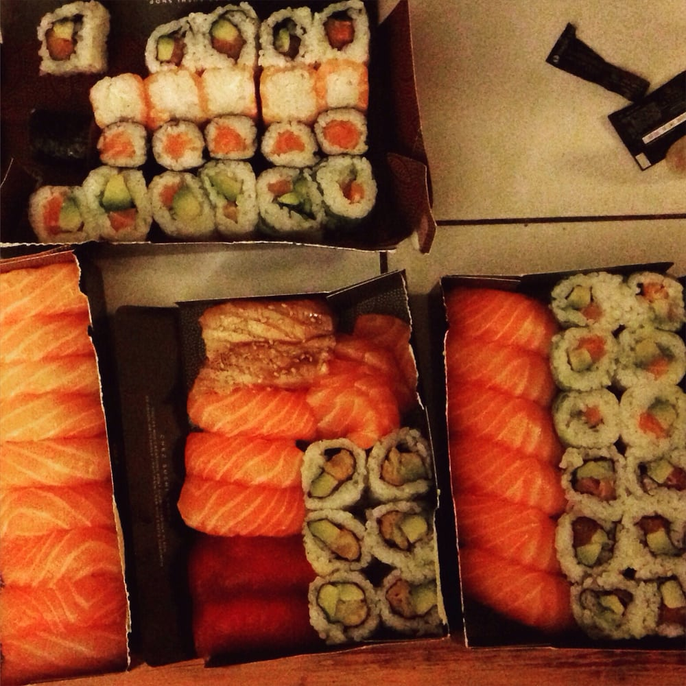 sushi shop lyon bellecour sushis bellecour lyon yelp. Black Bedroom Furniture Sets. Home Design Ideas