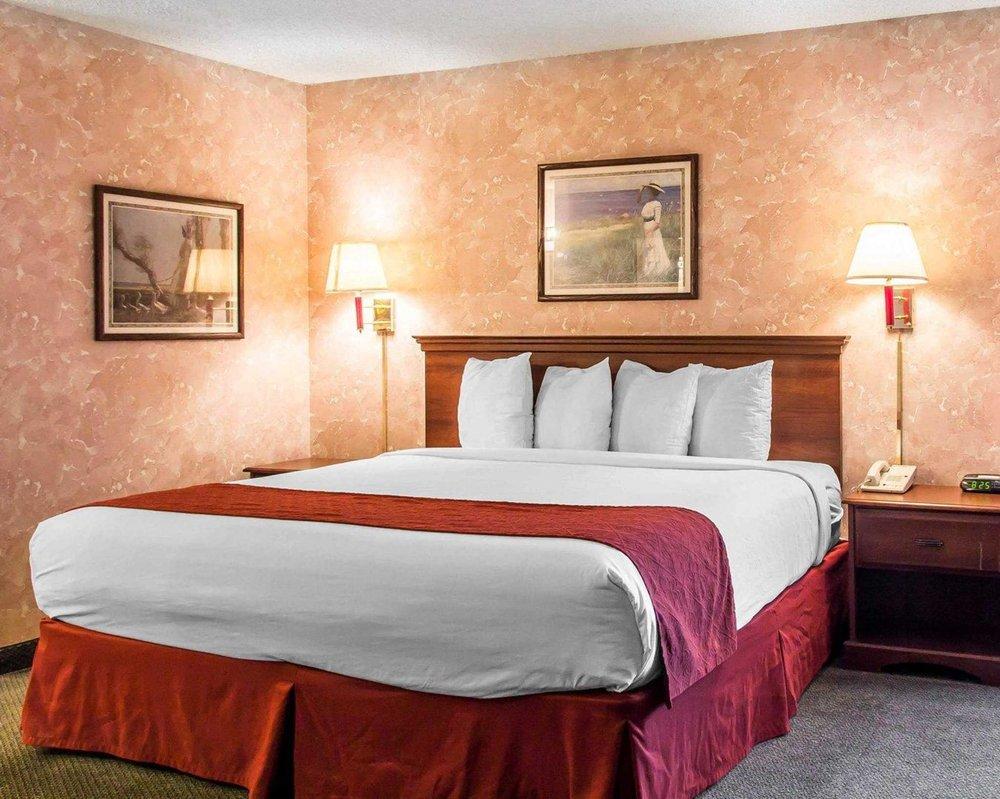 quality inn 53 photos 12 reviews hotels 10811 w i 25