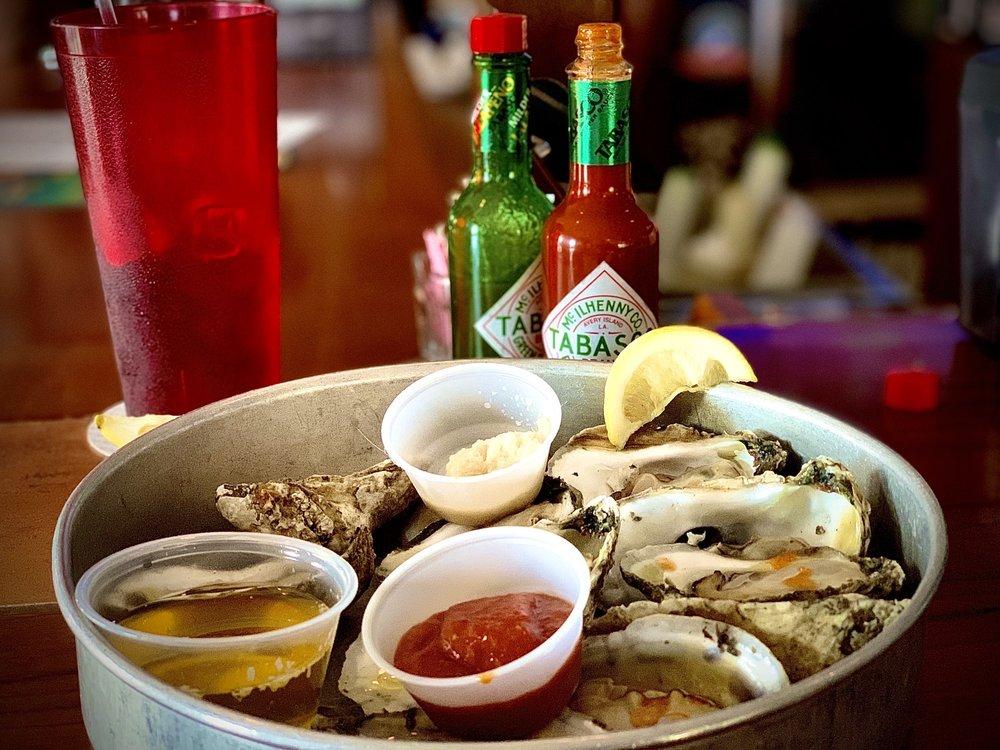 Bunky's Raw Bar & Grill: 2372 N Hwy A1A, Indialantic, FL