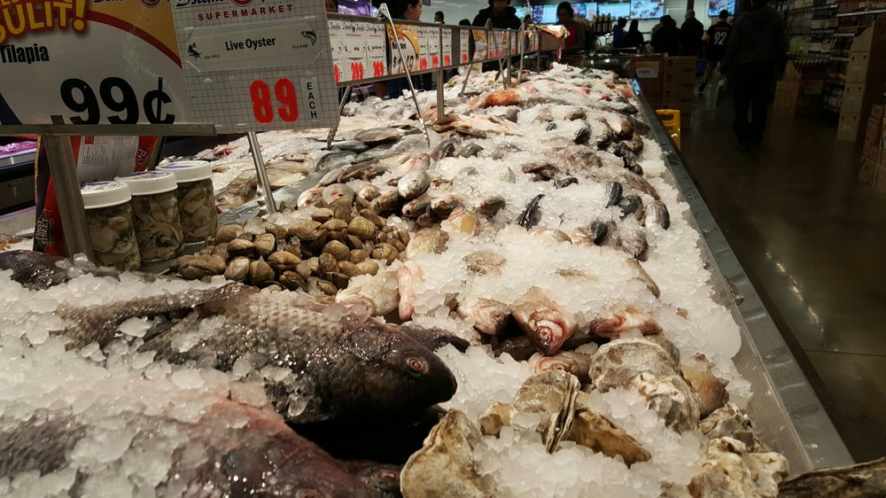 It can 39 t be a seafood market without well seafood yelp for Fish market las vegas