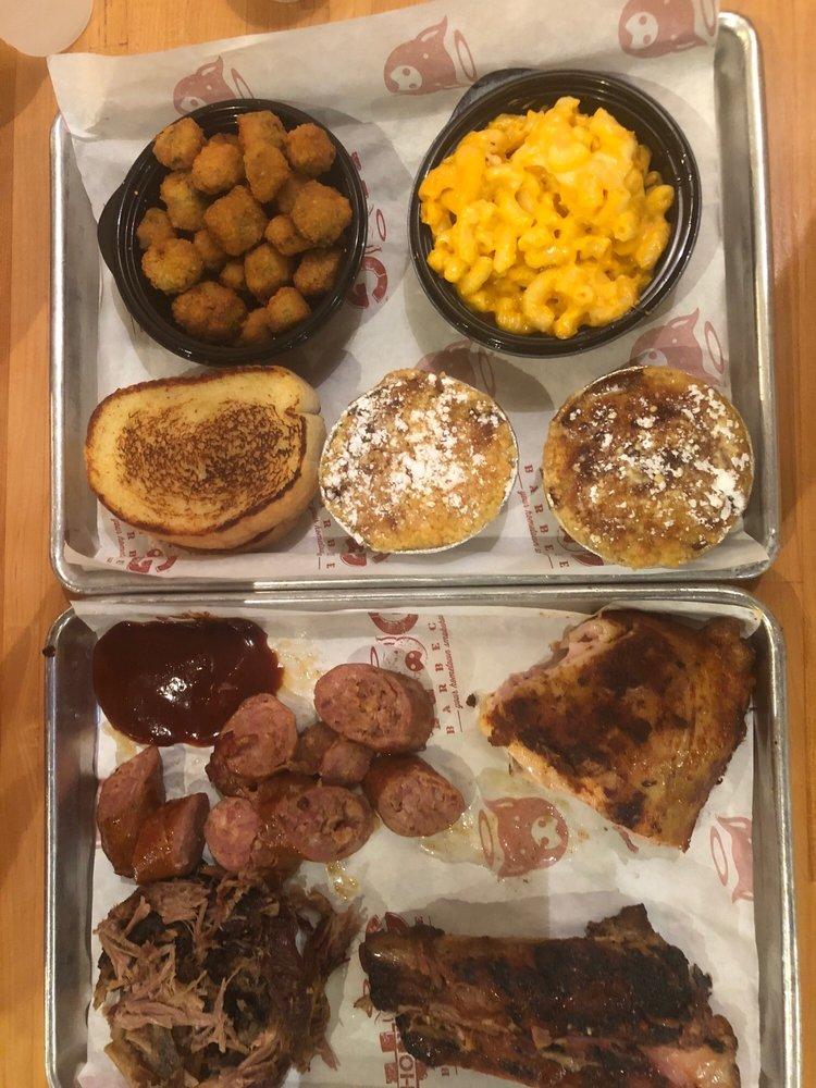 Holy Hog Barbecue: 11417 N Dale Mabry Hwy, Tampa, FL