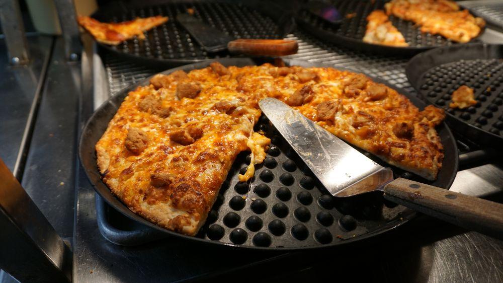 Chet & Matt's Pizza: 1013 E Strub Rd, Sandusky, OH
