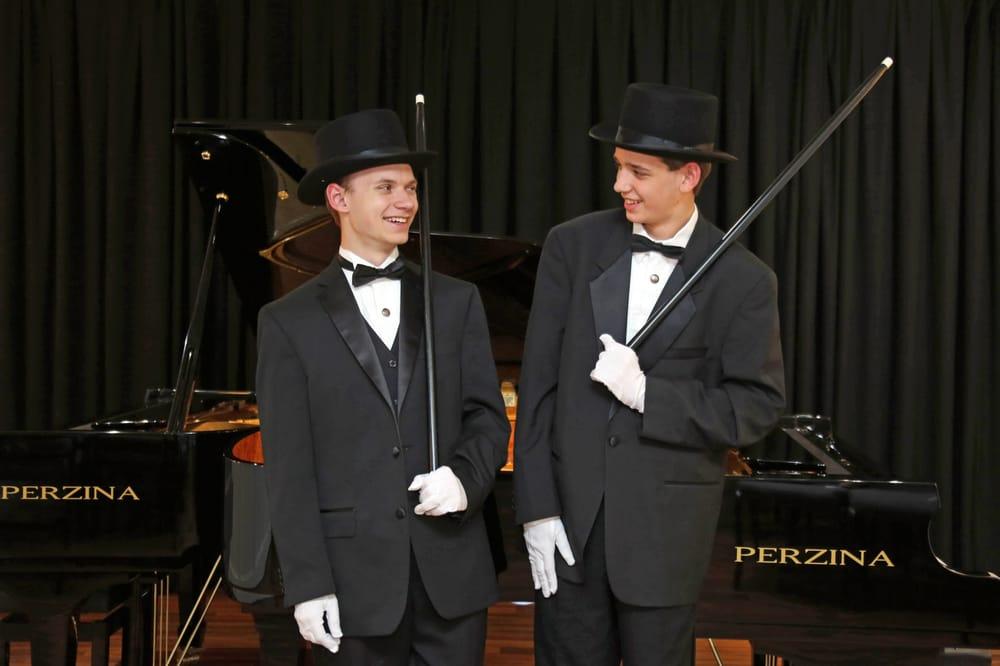 Freeburg Pianos: 2314 Asheville Hwy, Hendersonville, NC