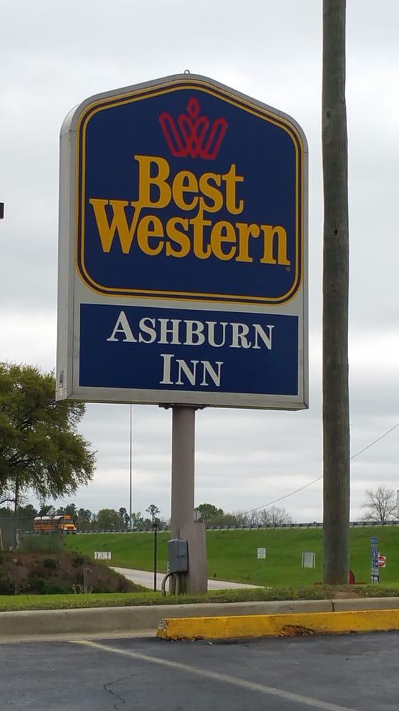 Best Western: 820 Shoneys Dr, Ashburn, GA