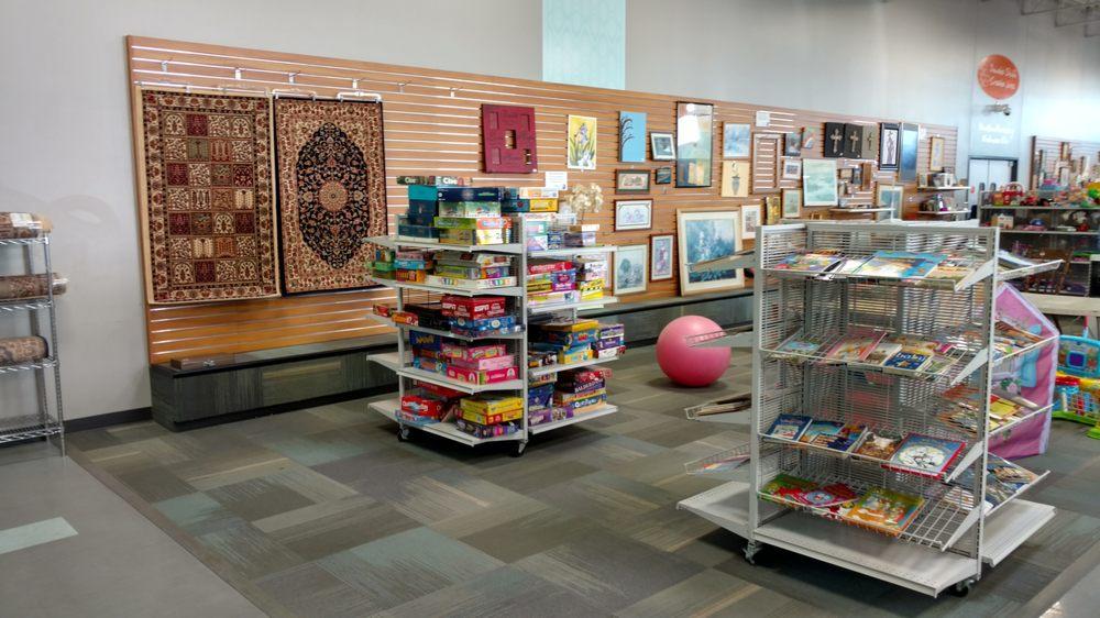 Goodwill Store: 4529 E Blue Grass Rd, Mount Pleasant, MI
