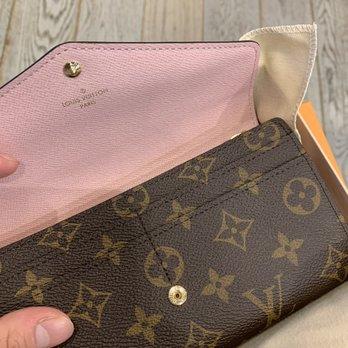 01e87aea3c52 Louis Vuitton New York 5th Avenue - 173 Photos   146 Reviews ...