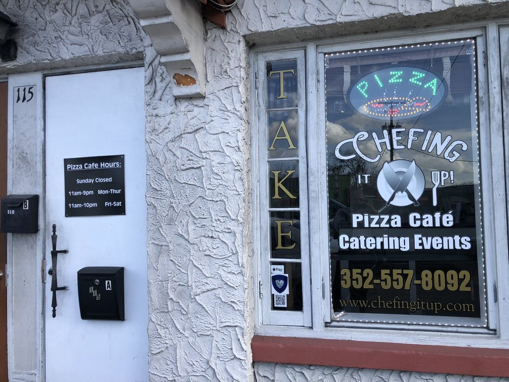 Chefing It Up Pizza Cafe: 115 S Lake Ave, Groveland, FL