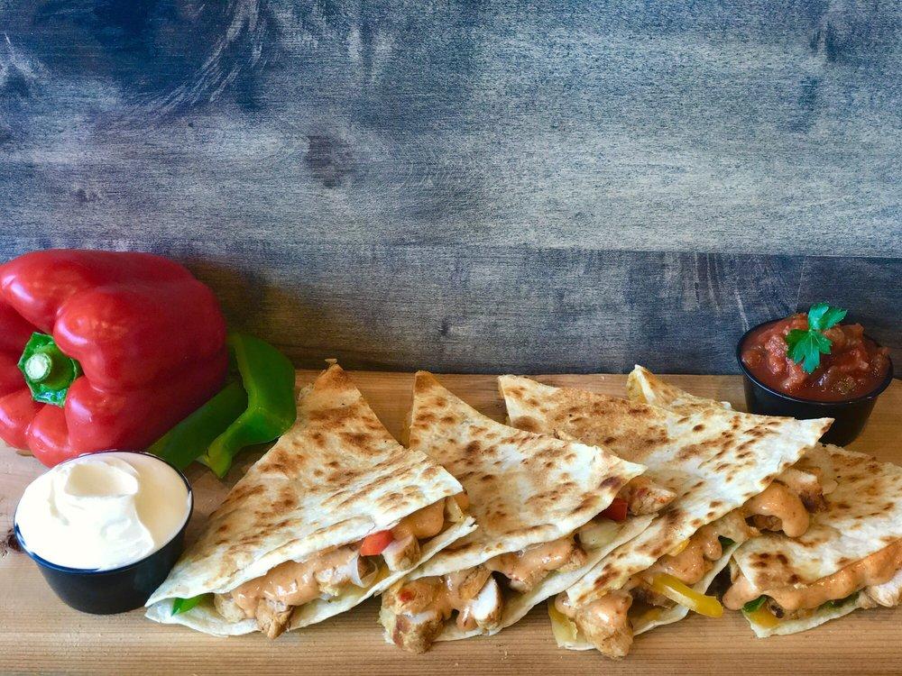 Alanos Pizza & Subs: 14212 Michigan Ave, Dearborn, MI