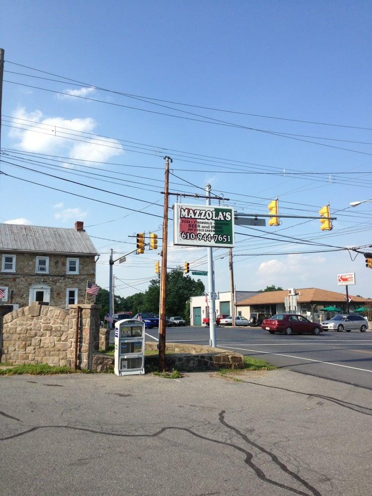 Mazzola's Italian Restaurant & Pizzeria: 3675 Pricetown Rd, Fleetwood, PA