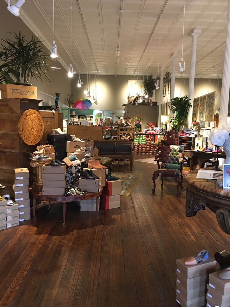 Luya Shoes and Other Fine Things: 236 South Main St, Zumbrota, MN