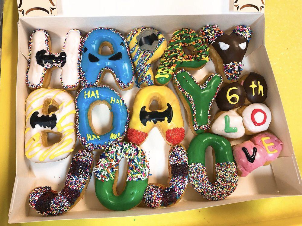 Bakers Dozen Donuts: 12000 US Hwy 380, Crossroads, TX