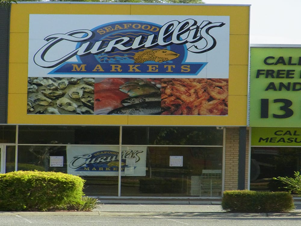 Curulli's Seafood Market: 11/401 Great Eastern Hwy, Bellevue, WA